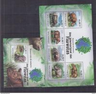 B40 Mozambique - MNH - Animals - Mammals - Rhinoceros - 2011