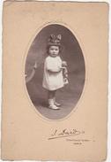 Jolie Photographie Petite Fille Et Son Baigneur (poupée) / J. Dard, 73 Rue De Villiers De L'Isle Adam, PARIS - Persone Anonimi