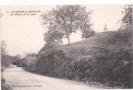 Carte Postale Ancienne De La Nièvre - Saint André En Morvan - Un Détour De La Route - Other Municipalities