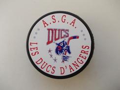 - Palet De Hockey. A.S.G.A. DUCS. Les Ducs D'Angers - - Hockey - NHL