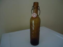 Bouteille à Inscriptions En Relief  - De 1928 (89 Ans !) - France - BRASSERIE PH. LAUTH - CARCASSONNE - à Fermeture Méca - Bière