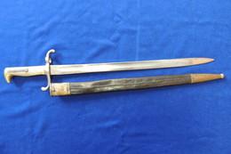 Baïonnette Prussienne  Modèle1871 Avec Son Fourreau Régimenté. 14-18, Poilu - Armas Blancas