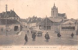 39 - Dole - Bas De La Grande Rue  - Halle Aux Grains - Belle Animation - Dole