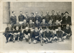Photo  à Identifier Et à Localiser -  Equipe De Rugby - Photo Saludas; Toulouse - Sport