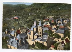 COLLONGES LA ROUGE-En Avion..Vue Aérienne--Eglise Du XII°s-- Cpsm 15 X 10 N° 1k éd LAPIE...à Saisir - France