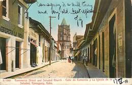 A-17.5615 :   CUBA. COMMERCE STREET AND SALUDED CHRUCH. CALLE DE COMERCIO. CAMAGUEY. - Cuba