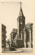 Dép 67 - Fontaines - Haguenau - Ancienne Fontaine Et église Saint Georges - état - Haguenau