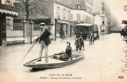 75. Paris. Inondations De 1910. Barque à Grenelle - De Overstroming Van 1910