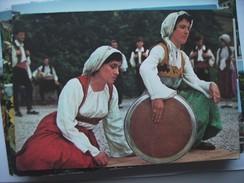 Bosnië Bosnia Narodna Igra Iz Bosne Traditional Clothing - Bosnië En Herzegovina