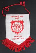 Þor Akureyri ICELAND  FOOTBALL CLUB, SOCCER / FUTBOL / CALCIO, OLD PENNANT, SPORTS FLAG - Uniformes Recordatorios & Misc