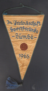 In Freundschaft Sportfreunde Zumbe 1965  FOOTBALL CLUB, SOCCER / FUTBOL / CALCIO, OLD PENNANT, SPORTS FLAG - Uniformes Recordatorios & Misc