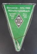 Borussia Mönchengladbach GERMANY  FOOTBALL CLUB, SOCCER / FUTBOL / CALCIO, OLD PENNANT, SPORTS FLAG - Uniformes Recordatorios & Misc