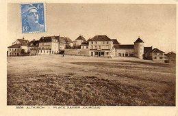CPA - ALTKIRCH (68) - Aspect De La Place Xavier Jourdain En 1952 - Altkirch