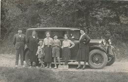 65 // AUTOMOBILE / CARTE PHOTO / GROUPE FAMILIAL ENTRE LOURDES ET GAVARNIE - Frankreich