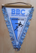 BBC BROWN BOVERI AUSSENBURO ESSEN  GERMANY  FOOTBALL CLUB, SOCCER / FUTBOL / CALCIO, OLD PENNANT, SPORTS FLAG - Uniformes Recordatorios & Misc