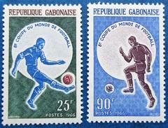 A Vends 2 Timbres Neufs** Du Gabon, N°194/5 De 1966 : Mondial Anglais