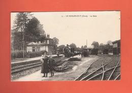 * CPA..dépt 61..LE MERLERAULT  :  La Gare..n°17  : Voir 2 Scans - Le Merlerault