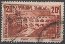 France 1929-31 N° 262 Pont Du Gard Dent En Bas à Gauche Rognée Segond Choix  10 %  (E9)