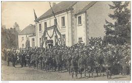 ROSSIGNOL ..-- Détachement Du 10ème De Ligne Devant Le Cortège . 1920 Vers BANDE ( Mr Mme REMY - TOUSSAINT ) . Voir Vers - Tintigny