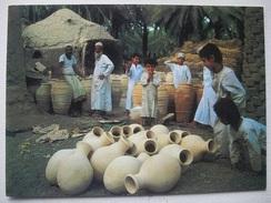 L58 Postcard Oman - Bahla Pottery - Oman