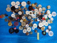Lot De Boutons - Buttons