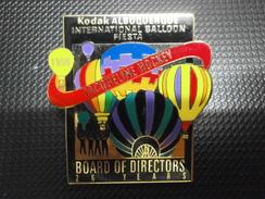 Pins PIN'S PIN AIBF Kodak Albuquerque International Balloon Fiesta 1998 JACQUELINE HOCKEY Hot Air Ballon Pin - Trasporti