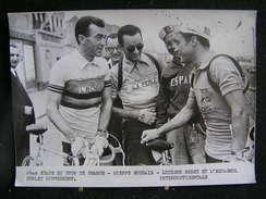 68 / Tour De France 195?, 2ème étape -  Dieppe - Rroubaix, Louison Bobet Et L'espagnole Poblet  Conversent .