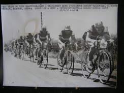 69 / Tour De France 1957, 2ème étape - Granville - Caen, Stablinsky Mène L'échappée Devant, Walkowiak, Bobet, Trochut.