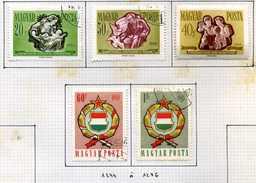 14 Timbres De Hongrie