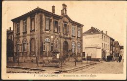 Faulquemont 1939 Monument Aux Morts Et Ecole Boucherie Moderne Avec Vielle Voiture Marchande - Faulquemont