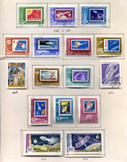32 Timbres De Hongrie (Poste Aérienne)