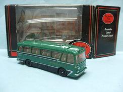 EFE - Bus HARRINGTON GRENADIER COACH Premier Travel Birmingham Réf. 12202 BO 1/76 OO - Automobili