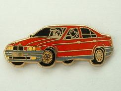 PIN´S BMW ROUGE -  ARTHUS BERTRAND - BMW
