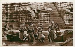 Pays Div-ref H710- Cambodge - Cambodgia - Angkor Vath -danseuses Royales - Carte Bon Etat  - - Cambodia