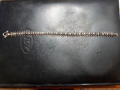 ANCIEN BRACELET EN ARGENT MASSIF - Bracelets