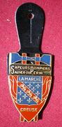 INSIGNE POMPIERS (pucelle)     SAPEURS POMPIERS Département De La Creuse. - Pompieri