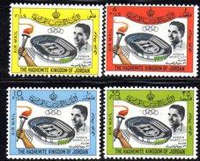 XP2058 - GIORDANIA JORDAN 1964 , Yvert N. 21/24 Posta Aerea  *** . Hussein - Giordania