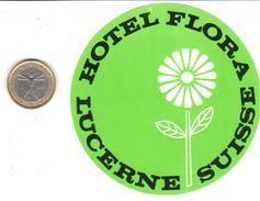 ETIQUETA DE HOTEL  - HOTEL FLORA  - LUCERNE  -SUIZA (SUISSE)  ( CON CHARNELA ) - Hotel Labels