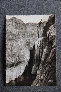 CAP FREHEL - Grotte Près De La Pointe - Cap Frehel
