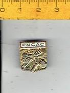 Medaille 057 - FNCAC - Avic Train - Met Trein - Brosche - Jetons & Médailles