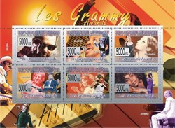 GUINEA 2008 SHEET LES GRAMMY AWARDS SINGERS MUSIC LENON MCCARTNEY BEATLES HOUSTON TURNER RICHIE STREISAND Gu0867 - Guinee (1958-...)