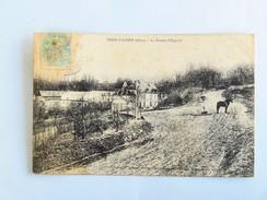 C.P.A. 02 TROSLY LOIRE : La Ferme D' Orgival, Animé, En 1905 - France
