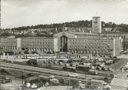 AK 0686  Stuttgart ( Hauptbahnhof ) - Viele Autos Um 1950-60