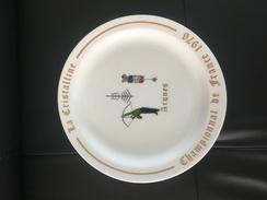 Assiette La Cristalline Championnat De France 1976 Arques , Diamètre 29  Tir A L Arc - Archery