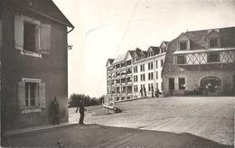 4. SANATORIUM CURAERO . LA GRANGE-sur-le-MONT . PERS AU 1er PLAN + JEU DE BOULES . ECRITE AU VERSO - France