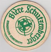 "ANCIEN Sous Bock - EPAIS  ---   ""BIERE  SCHUTZENBERGER - Strasbourg Schiltigheim"" -----  Idem Au Verso - Sous-bocks"