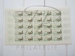VEND BEAUX TIMBRES DE SAINT-PIERRE ET MIQUELON N°354 , EN FEUILLE ENTIERE , XX !!!! - Unused Stamps