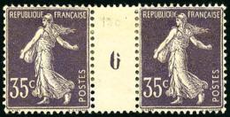 N°136, 35 C. Violet Clair, Paire Millésime 6, Forte Charnière Sinon TB