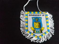 Fanion Football - BRONDBY - DANEMARK - Habillement, Souvenirs & Autres