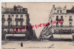 44 - SAINT NAZAIRE- LA RUE VILLE MARTIN - Saint Nazaire